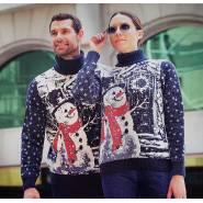 Женский свитер со снеговиком 130-111