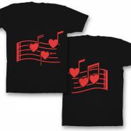 Парные футболки для влюбленных 'Нотки-сердечки'