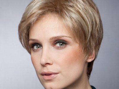 Мы подскажем Вам, где купить парик натуральные волосы: интернет магазин ждет Вас