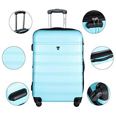 купить чемоданы в городе Ашберн на распродаже