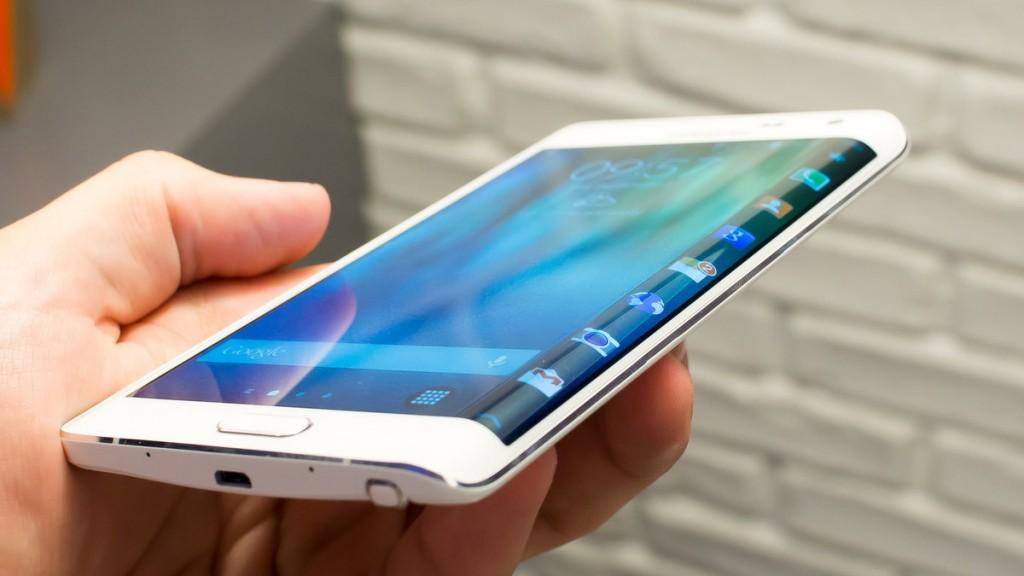 Samsung S6 Edge купить с самовывозом из шоу-рума на Таганке в магазине odimart.ru