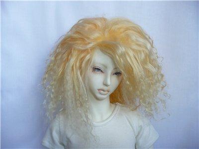 Мы подскажем Вам, сколько стоит парик из натуральных волос